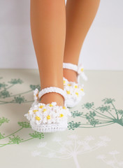 Wild Daisies (Maria Kłopotowska) Tags: wild white yellow daisies doll crochet cotton daisy slippers littledarling effner