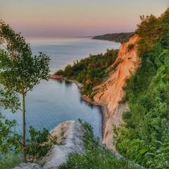 Scarborough dawn (ossington) Tags: cliff toronto sunrise outdoors happy dawn shoreline lakeshore scarborough bluffs predawn