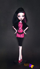 Draculaura Draculocker (PurpleandOrangeMH) Tags: draculaura monster high doll mueca punta arenas chile orange purple basic 2 draculocker sweet screms skull shores gloom beach diener music festival