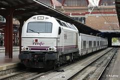 RENFE 334 015 Madrid Fuencarral 03-04-2012 (Alex Leroy) Tags: renfe 334 015 madrid fuencarral 03042012