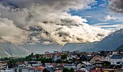 Wolken ziehen über die Berge (garzer06) Tags: tirol österreich wolken berge alpen blau naturephotography weis landeck naturfotografie landschaftsbild landschaftsfotografie alpenlandschaft wolkenbild berglandschaft landschaftsphotography