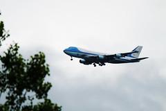 Welcome to Ottawa President Obama (DHaug) Tags: america unitedstates aircraft ottawa president summit fujifilm boeing arrival obama 747 potus yow airforce1 xpro2 xf100400mmf4556rlmoiswr