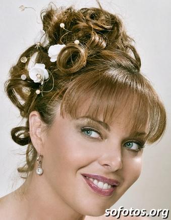 Penteados para noiva com franja