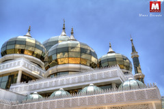 The Crystal Mosque (wanzr) Tags: blue sky cloud building beautiful architecture canon wonderful photography raw angle minaret awesome muslim islam wide dramatic mosque malaysia dome 7d ultra hdr ablution masjid mecha malay terengganu salah mihrab solat sharia