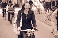 smile (105mm) Tags: street city portrait people woman sun sexy girl smile dutch sunglasses amsterdam fashion bike bicycle portraits happy photo outfit women eyecontact pretty phone candid style streetlife skirt blond pantyhose fiets streetwear mensen streetfashion streetportraits streetstyle