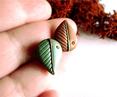 Leaves Obsession N1, stud earrings (Alkhymeia) Tags: autumn brown art fall nature earings leaves foglie spiral liberty leaf al natural artistic handmade spirals unique ooak magic artesanal deep craft jewelry bijoux pasta jewellery polymerclay fimo fairy fantasy clay wicked gift copper handcrafted lobo swirl earrings lovely wearable nouveau delicate ideas magical stud enchanted whimsical handcraft jewel artesania wiccan cernit elvish polymer premo hechoamano arcilla argilla artigianato orecchini incantato artigianale polimer bizuteria sintetica polimerica perno fatato studearrings polimerkil fatati incantati alkhymeia elfici
