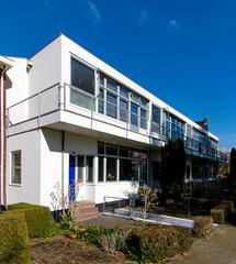 _DSC2205 (durr-architect) Tags: robert lamp architecture utrecht modernism housing hanging gerrit rietveld stijl schumannstraat