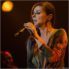 Lisa Stansfield in Amsterdam (Peter Heuts) Tags: english amsterdam real photography concert fotografie affection live stage sony 14 may lisa peter podium 99 seven british around alpha melkweg engels brits englisch 2014 the love frame moment stansfield world full together concertfotografie peter real a99 woman thing natural sal70200g all heuts live singer lisa female heuts so lisastansfieldseventour stansfield