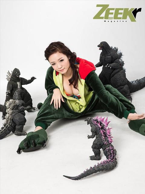 ZEEK Girl-恐龍戰隊