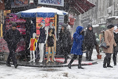 Snow Storm on the basar in Istanbul (Annette Fleck) Tags: costumes cold snowflakes market istanbul bathing seller basar winterweather pedastrians