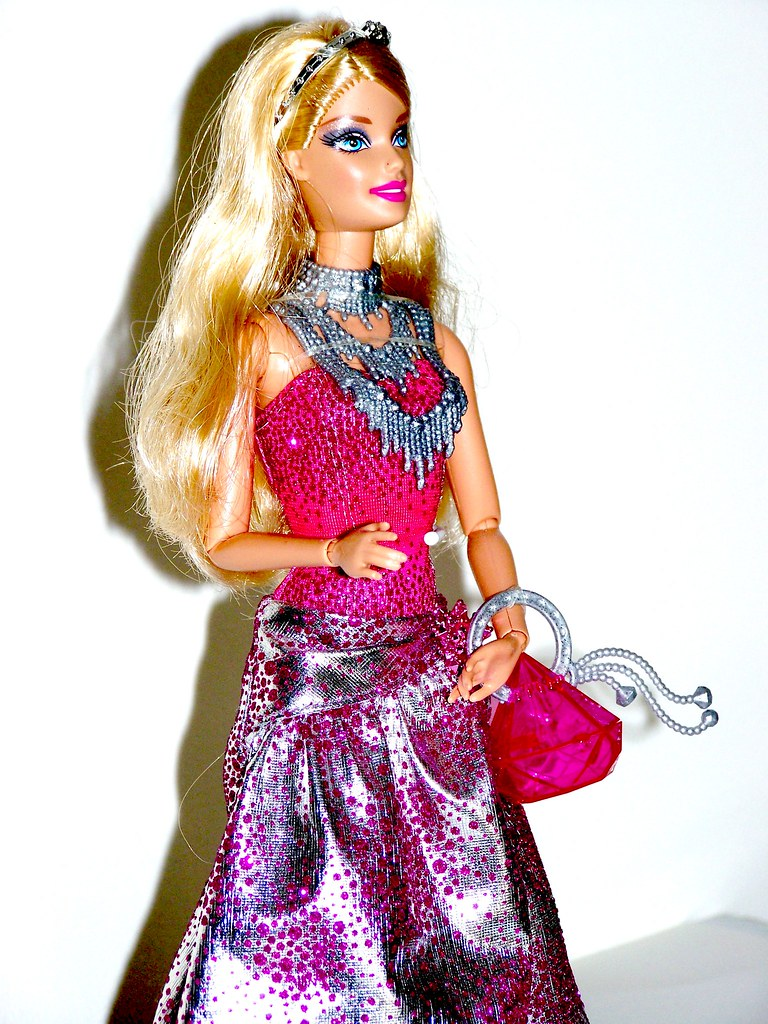 Barbie fashionistas in the spotlight cutie doll 47