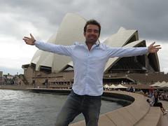 "Tout beau devant l'opéra <a style=""margin-left:10px; font-size:0.8em;"" href=""http://www.flickr.com/photos/83080376@N03/16507326355/"" target=""_blank"">@flickr</a>"