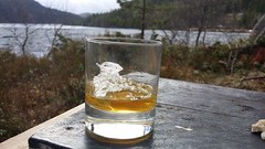 Ice drift (small-scale) (Ole Husby) Tags: 20160514191349 norge norway orkdal fjellkjsvatnet icedrift isgang vr spring whisky aberlour sooc