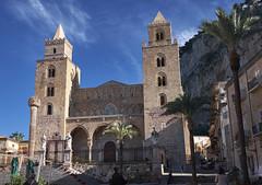 Catedral de Cefal, Sicilia (diocrio) Tags: italia catedral sicilia romanico cefal