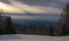 Slovenien037_030416-2 (Finanzkrise) Tags: light sunset sky snow tree berg clouds landscape austria evening lakes