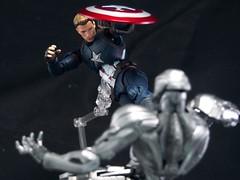 captainamericaP5271143 (Toyman_) Tags: actionfigure civilwar marvel captainamerica bandai ultron revoltech shfiguarts avengersageofultron