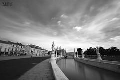 Canaletta in IR850 BW, Prato Della Valle, Padova (Davide Anselmi) Tags: bw ir blackwhite italia bn infrared biancoenero padova pratodellavalle 2016 canaletta infrarossi ir850 abbaziasantagiustina davideanselmi
