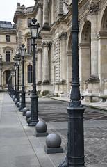 Paris,  Muse du Louvre (Micleg44) Tags: paris france louvre jr muse iledefrance pyramide