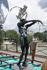 IMG_0451.jpg (mgroot) Tags: paris france art statue ledefrance fr pontdesarts paris2016