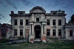 A typical (abandoned) Polish Manor House (ukasz Makiewicz) Tags: abandoned forgotten haunted house palace manor mansion paac polska opuszczone spooky scary lost