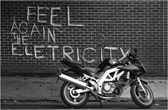 Goes like lightning (donbyatt) Tags: streetart bike motorbike walls eastlondon urbanwalls