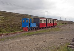 The Leadhills & Wanlockhead Railway is Britain's highest adhesion railway (penlea1954) Tags: railroad 6 train scotland clyde diesel outdoor no leeds engine railway company perkins summit vehicle locomotive preserved railways gauge narrow locomotives caledonian highest hillend lanarkshire adhesion britains wanlockhead leadhills hunslet he6347 glengonnar