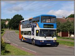 Soon to be 'shackled' (Jason 87030) Tags: bus volvo northamptonshire publictransport northants d2 doubledecker oly olympian daventry 16699 langfarm r699dnh shackletondrive ashbyfields