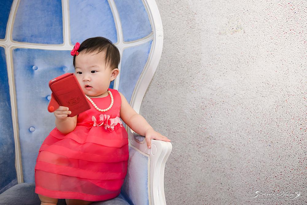 宜蘭民宿芯園,兒童寫真,兒童寫真價格,寶寶寫真,民宿寫真,主題民宿,城堡民宿