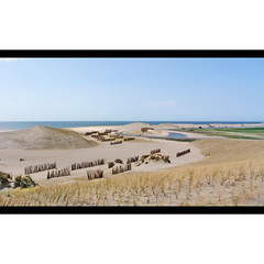 Dutch Dubai.... (Frank van de Loo) Tags: sea mer holland netherlands mar rotterdam meer mare dunes dune nederland thenetherlands noordzee zee northsea duna nordsee paysbas duinen maasvlakte düne hav merdunord niederlande duin zuidholland hollande dieniederlande hollanda mardelnorte nms2191