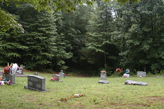 Mountain-top cemetery where my paternal grandparents rest (Lee Bennett) Tags: cemetery grave death franklin bury north carolina tippett