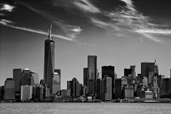 Manhattan (glidergoth) Tags: usa ny newyork mono sailing harbour yacht manhattan nj