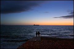 PF lh 091225 SMALL (Pierre Avenel) Tags: sunset sea mer night port landscape harbor boat ship horizon le havre bateau paysage nuit plage nocturne ocan fondamental fondamentaux
