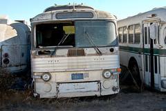 Sad Scenicruiser (Telstar Logistics) Tags: bus abandoned gmc scenicruiser