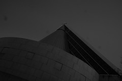 Darkness always comes... (Lazy_Artist) Tags: green night island ottawa affairs moshe oldcityhall safdie foreing vision:mountain=0793 vision:outdoor=0989