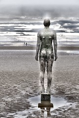 Gormley_MG_8552 (oldbillgoggles) Tags: sculpture beach liverpool seaside crosby sentinel gormely anotherplace