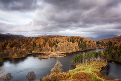 Airflow (shaun-walby photography) Tags: autumn wild sky lake colour weather clouds landscape lakes lakedistrict windy cumbria tarn autumnal tarnhows shaunwalby shaunwalbyphotographycom vision:mountain=0764 vision:outdoor=0525 vision:sky=0967 vision:clouds=0922