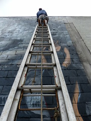 leonardo used ladders (Jerryhattric) Tags: urban streetart graffiti iron artist jonny hiphop rise lords commonground christchurchcathedral bboys tmd tna thewizard pest5 4higher panasoniclumixdmcfz200 canterurymuseum foreverinourmemories wwwgraffitimuralsconz ironspraycanpaints