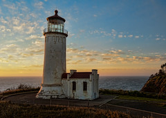 North Head Lighthouse (NW Vagabond) Tags: sunset lighthouse river coast washington head north columbia cape disappointment northhead
