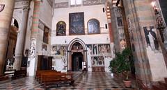 IMG_4121A (jean louis mazieres) Tags: italy italia churches verona affreschi fresco italie gothicarchitecture eglises fresques vrone santaanastasia architecturegothique eglisesgothiques churchesgothic
