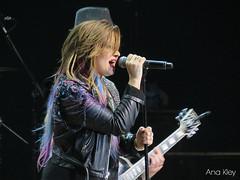 Demi Lovato | Neon Lights Tour | Sao Paulo, Brasil |24.04.2014 (Ana Kley) Tags: brazil brasil lights neon tour stage singer demi paulo sao lovato ddlovato neonlightstour