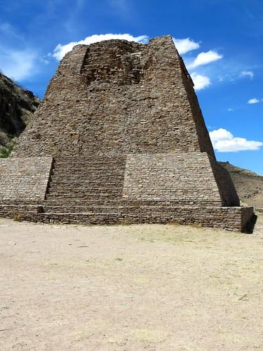 IMG_2015 sehr steile Tempelpyramide