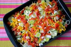 Veggie-Pan (Red Greg) Tags: food vegetables essen colorfull foodporn veggie zucchini porridge paprika bunt gemse lauch kartoffel colourfull farbenfroh overcolor