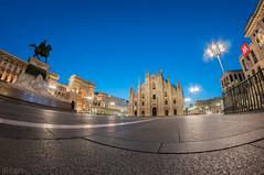 Milano -Piazza Duomo (ilic photographer) Tags: longexposure milan sunrise milano duomo 8mm d300s