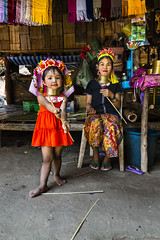 Padaung Mother and Child in Thailand (Anoop Negi) Tags: people neck thailand photo long child burma mother karen rings longneck photograph chiangmai ethnic minority brass anoop negi padaung kayan