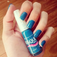 Husky, Risqu (Samantha M. de Souza) Tags: blue azul husky nails nailpolish risqu esmalte