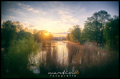 Mariendorf - Blmelteich (Krueger_Martin) Tags: sun lake berlin water sunrise reflections see reflex colorful wasser natur wideangle olympus 24mm teich sonne sonnenaufgang spiegelung zuiko farbig hdr weitwinkel mariendorf photomatix festbrennweite mariendorferdamm primelense blmelteich olympuszuiko24mmf28