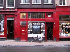 54 (streamer020nl) Tags: music records holland netherlands amsterdam shop dance roots nederland concerto soul worldmusic 54 paysbas centrum utrechtsestraat niederlande 2016 binnenstad 180516
