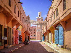 The colours of Morocco (zoomleeuwtje) Tags: colors colours desert morocco
