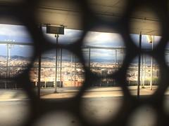 """Ciudad"" (atempviatja) Tags: luz ciudad sombra hueco rendijas"