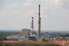 """EC Wrocław"" heating plant complex  , Wrocław 11.05.2016 (szogun000) Tags: urban panorama industry architecture canon buildings industrial cityscape poland polska smokestacks complex overview wrocław heatingplant lowersilesia dolnośląskie elektrociepłownia dolnyśląsk canoneos550d canonefs18135mmf3556is ecwrocław"